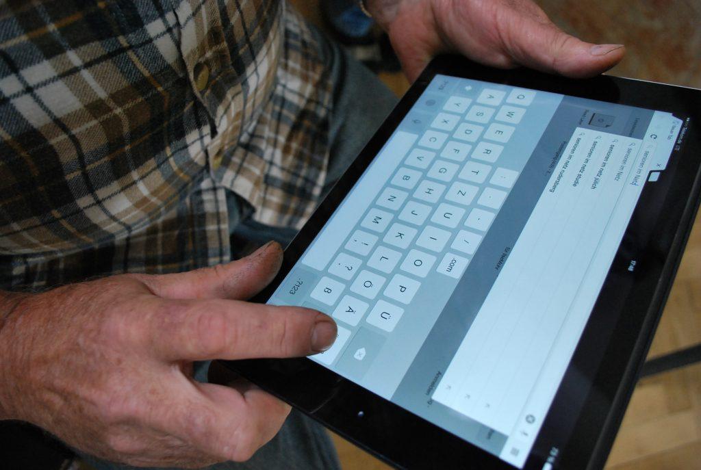 Tablets für Senioren ist ein Projekt der Stiftung Digitale Chancen.